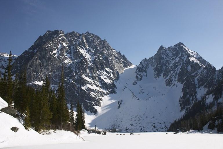 Colchuck Peak climb: Dragontail Peak, Colchuck Peak