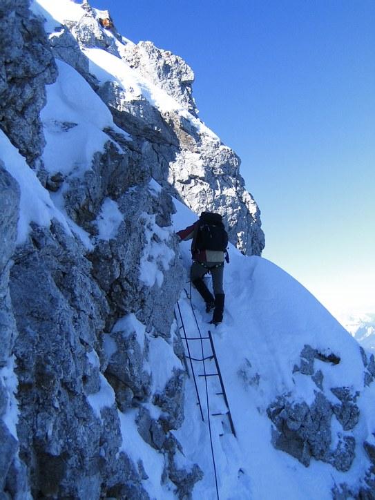 Mittenwalder Klettersteig: ascending a ladder