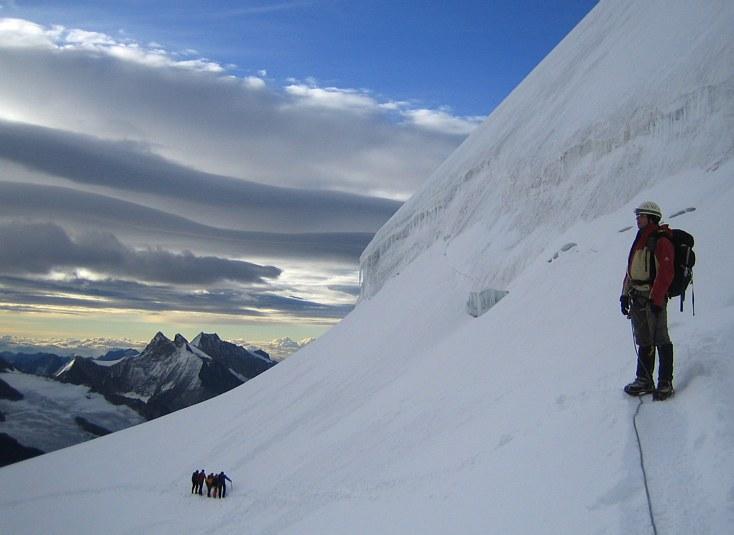 Jungfrau: ascend toward the southeast ridge of the Jungfrau