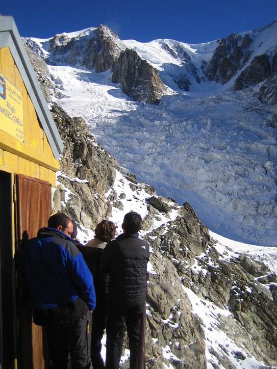 Mont Blanc: Refuge Gonella; looking at the Glacier du Dome