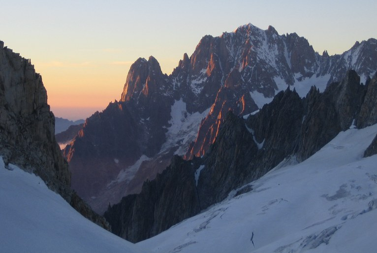 Tour Ronde: Aiguille Verte (4122 m) at sunset