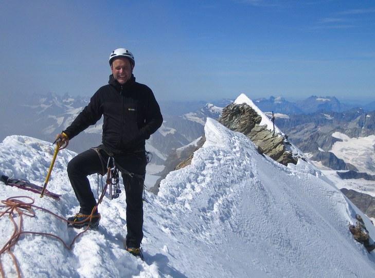 Matterhorn via Hörnli ridge: Peter on the Swiss summit of the Matterhorn with the Italien summit behind