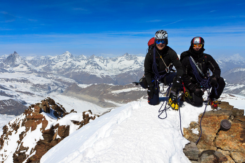 On the summit of Dufourspitze (keywords: alpen, alps, berg, berge, berghütte, bergsteiger, daniel, dent blanche, dufourspitze, kletterer, leute, matterhorn, monte rosa hut, person, schweiz, switzerland, valais, wallis, wilfried, alpinist, climber, mountain, mountain hut, mountaineer, mountains, people, swiss, berghtte)
