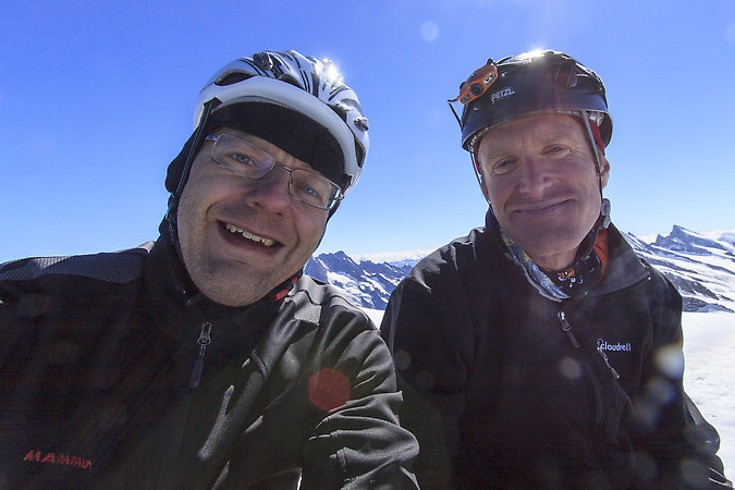 Dan and Dan on the summit of the Eiger (keywords: Dan, Eiger, Mittellegigrat, summit, Daniel, climber, alpinist, climber, mountaineer, climber, Kletterer, climber, Bergsteiger)